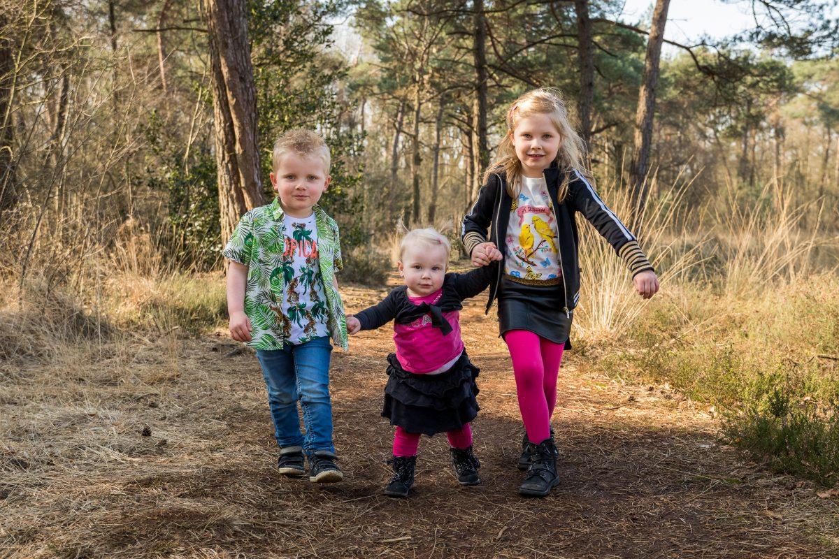De gezinsfotograaf voor kinderfotografie en familiefoto's in voorthuizen, barneveld en omstreken