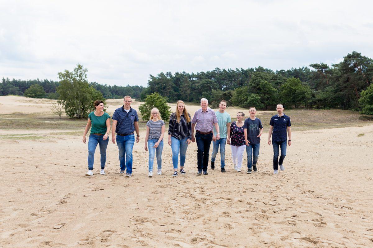 De familiefotograaf en gezinsfotograaf in Voorthuizen, Barneveld en omstreken voor gezinsfotografie