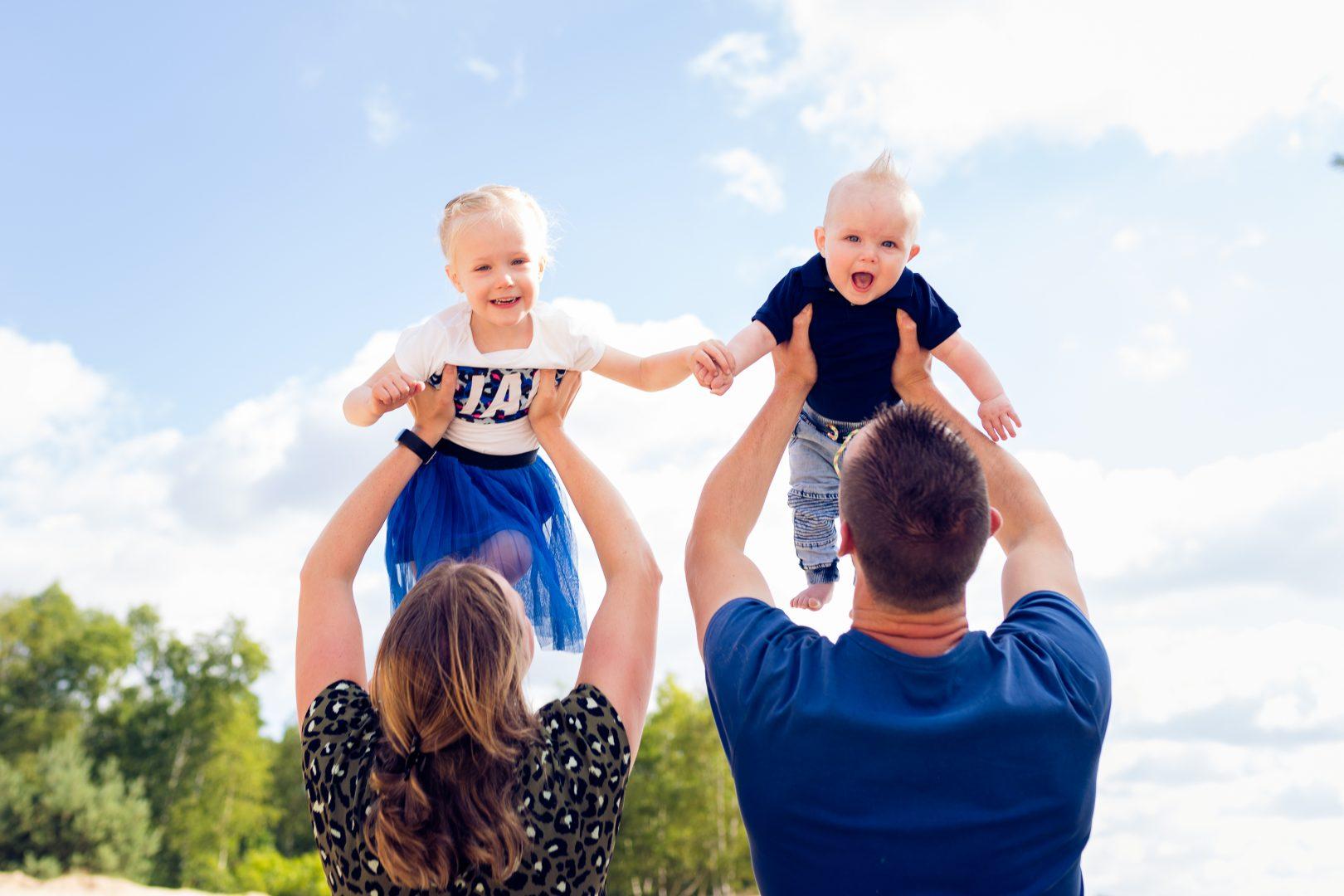De gezinsfotograaf in voorthuizen, barneveld en omstreken voor gezinsfotografie en kinderfotografie